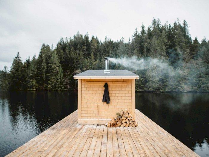 Back to Nature, Yuk Melancong ke Sauna Terapung di Kanada