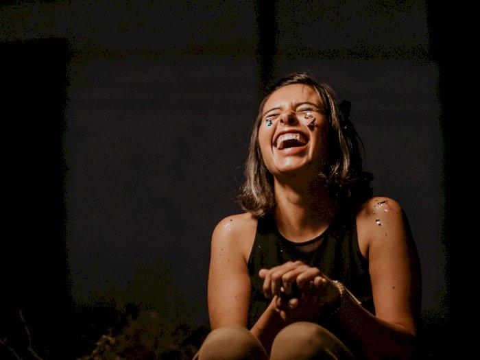 Studi: Tertawa Dapat Mengurangi Stres