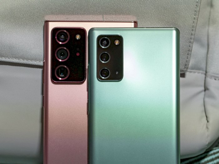 Plastik, Metal, Kaca, Apa Bahan Terbaik untuk Bagian Belakang Smartphone?