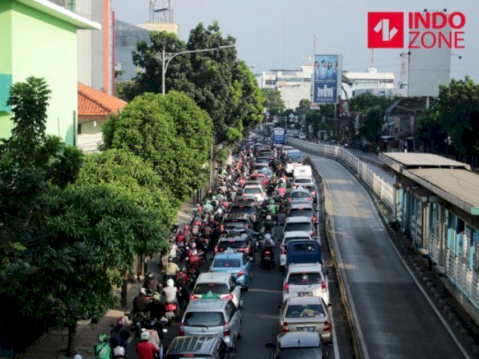 Sepekan Ganjil Genap, Dishub DKI Jakarta Klaim Tak Pengaruhi Lonjakan Penumpang Umum