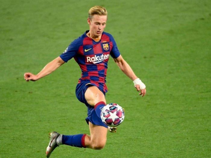 De Jong Akui Musim Debutnya di Barcelona Belum Maksimal