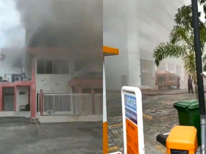 Detik-Detik Saat Gedung Telkomsel Pekanbaru Kebakaran, Sinyal Telkomsel Lumpuh