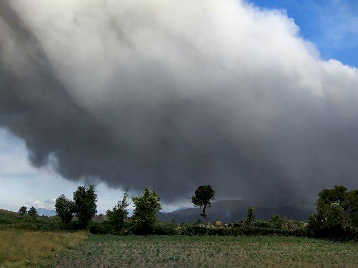 Sinabung Siaga, Ini Deretan Gunung Api Berstatus Waspada di Indonesia