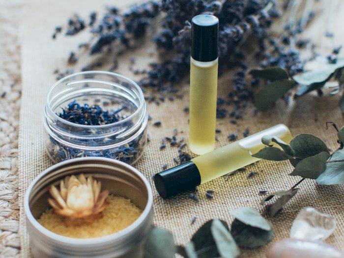 Minyak Alami Ini Membantu Mengatasi Masalah Rambut Rontok