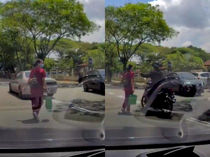 Tengah Seberangi Jalan, Kalung Wanita ini Malah Ditarik Oleh Penjambret