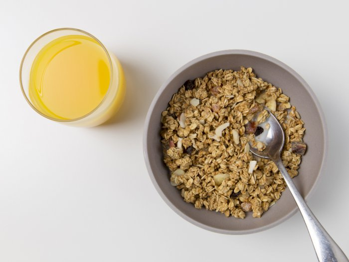 Tidak Hanya Lezat, Berikut Ini Manfaat Oatmeal Bagi Kesehatan