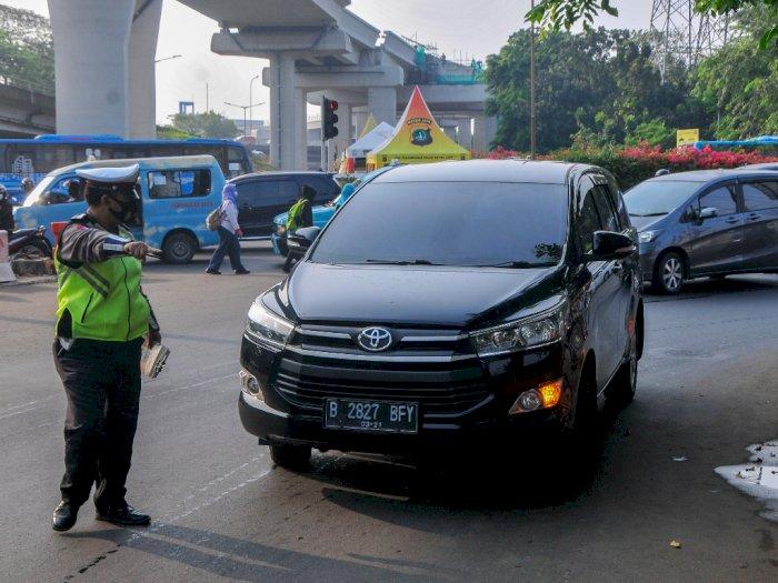 Penindakan Ganjil Genap Hari Kedua di Jakarta: 847 Pelanggar Ditilang