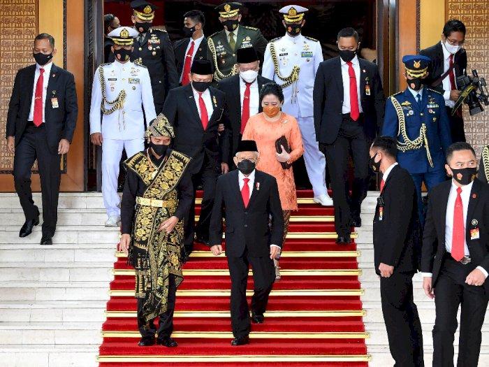 Jokowi Kenakan Busana Adat Sabu Asal NTT, Ini Tanggapan Pengamat Fashion