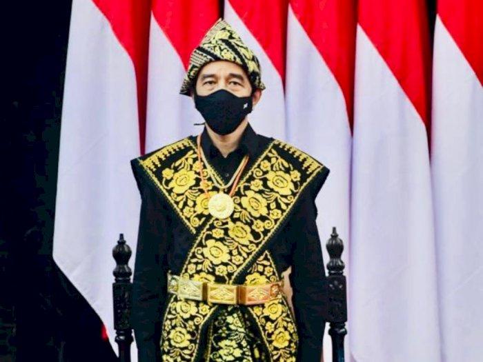 Jokowi Tanya Pakaian Adat Apa, Warganet Jawab: Sekilas Teringat Scorpion Mortal Kombat Pak