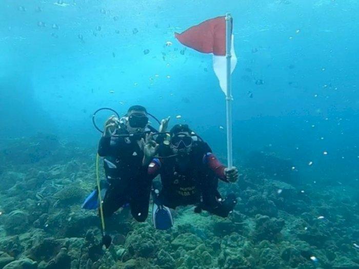 Terjunkan 17 Personel Ditpolairud, Polda Aceh Kibarkan Bendera di Dasar Laut Indonesia