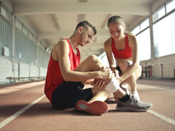 3 Makanan Ini Bisa Membantu Kamu Pulih Lebih Cepat dari Cedera Olahraga