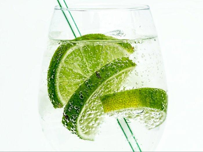 Kenali Bahan Tersembunyi Dalam Minuman Soda Lemon dan Jeruk Nipis