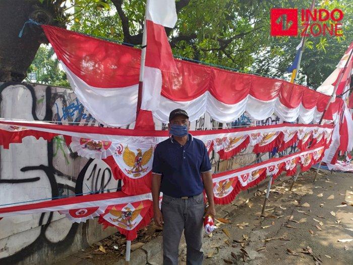 17-an Sepi, Penjual Pernak-Pernik: Tetap Bersyukur