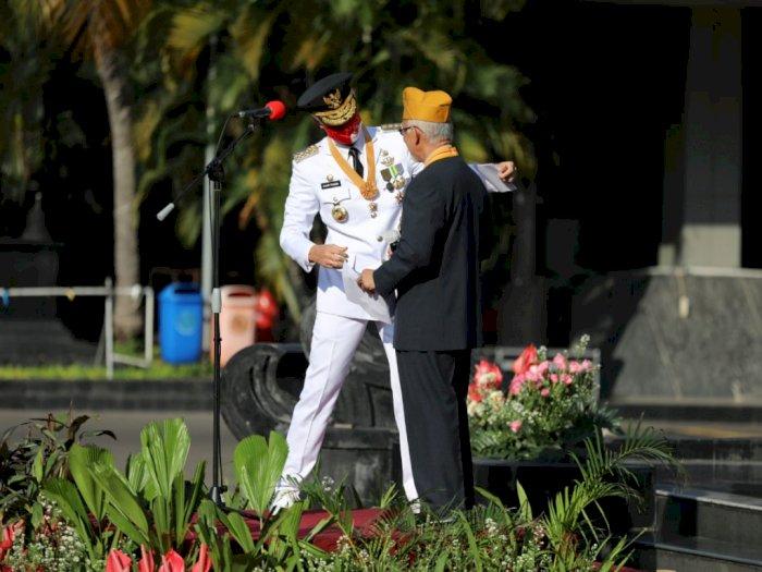 Ganjar Pranowo Kagetkan Peserta Upacara HUT RI, Mendadak Undang Veteran Naik ke Podium