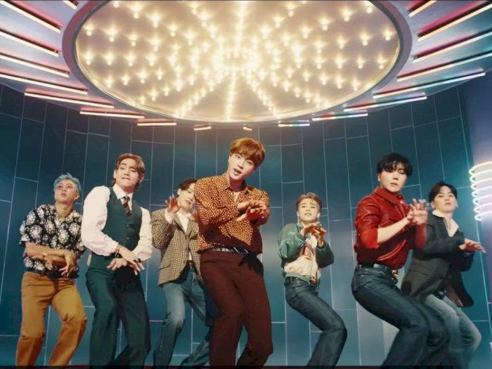 VIDEO: BTS Suguhkan Lagu Disco Berbahasa Inggris dalam 'Dynamite'