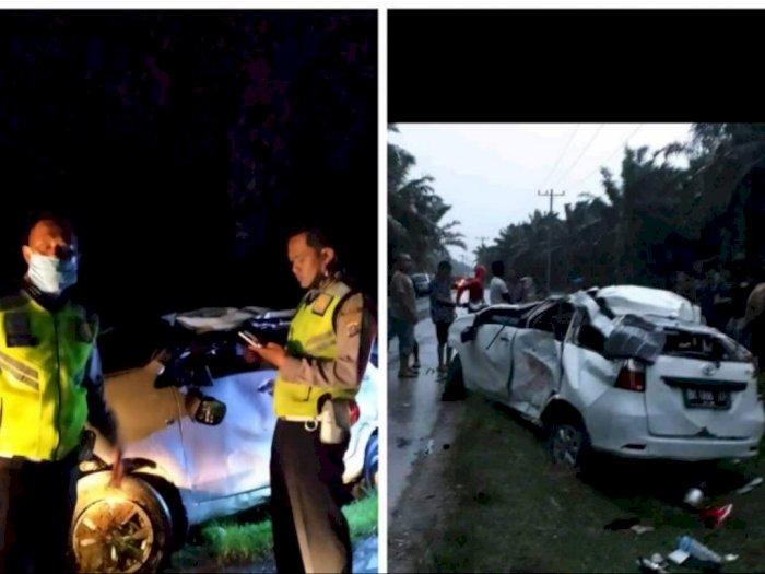 Mobil Avanza Tabrakan dengan Honda Vario di Batang Serangan Langkat, Dua Orang Meninggal