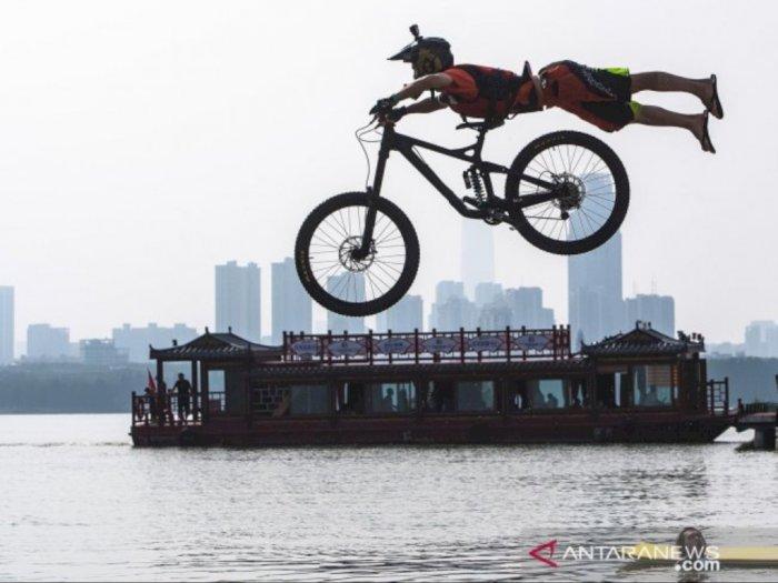 FOTO: Festival Lompat Air BMX Tahunan Diadakan di Wuhan
