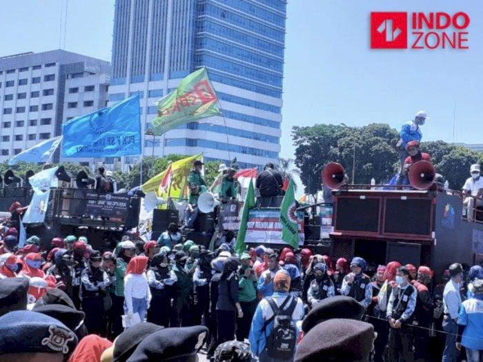 Usai Ditemui Pimpinan DPR, Massa Buruh Tolak RUU Cipta Kerja akan Membubarkan Diri