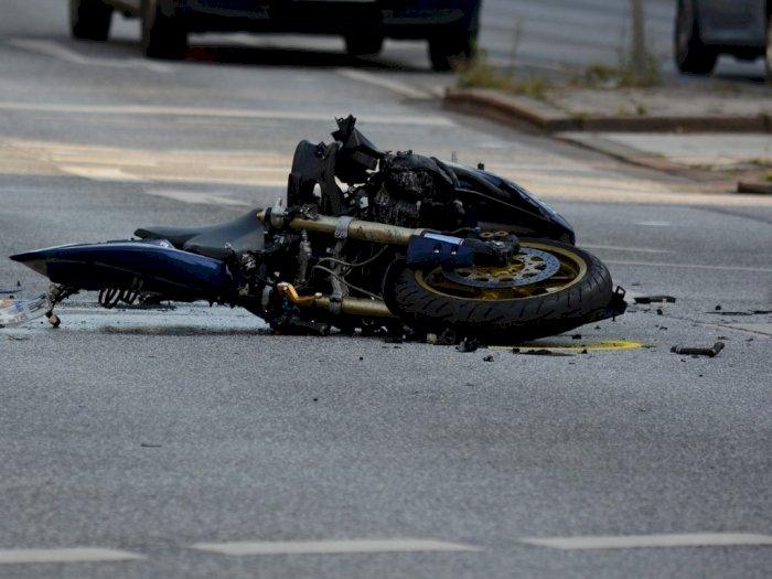 Naas, Pengendara Sepeda Motor Meninggal Setelah Jatuh dan Berbenturan dengan Fortuner