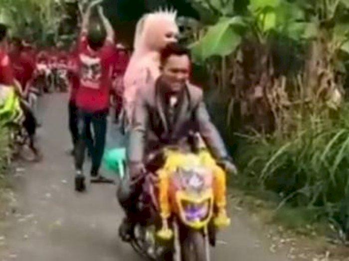 Iring-iringan Pengantin di Jalan Sempit Ini Jadi Sorotan, Netizen Salfok ke Motornya