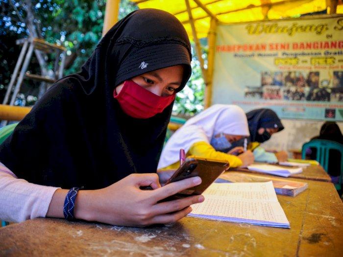 Kemendikbud akan Berikan Kuota Internet Gratis Bagi Guru dan Siswa