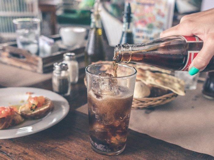 Apakah Minuman Diet Soda Bertujuan Menurunkan Berat Badan?