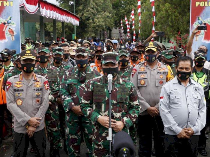 Panglima TNI-Kapolri Lepas Satgas Covid-19 di Papua