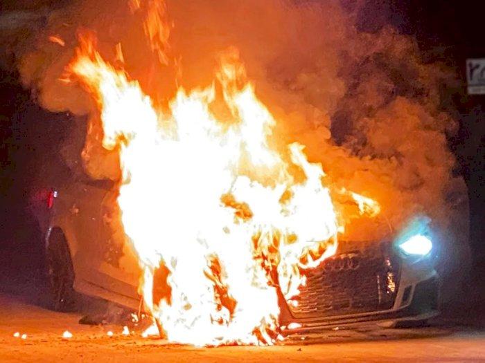 Detik-Detik Mobil Audi RS3 Alami Rem Blong di Kecepatan 241 Km/H dan Terbakar!