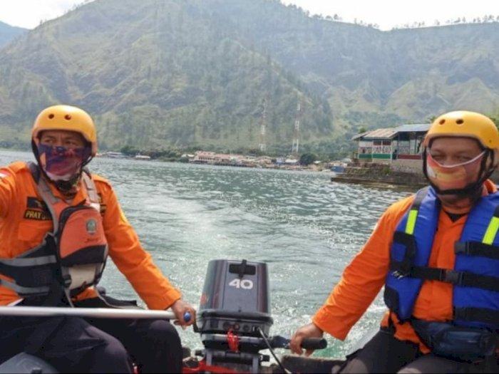 Tim SAR Menyelam Hingga Kedalaman 26 Meter, Remaja Tenggelam di Danau Toba Belum Ditemukan