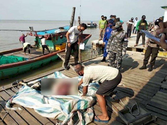 5 Anak Buah Kapal Temukan Mayat Mengapung di Laut Riau, Kondisinya Sudah Busuk