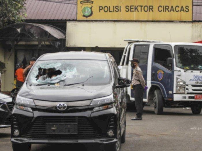 TNI Pecat Prajurit Terlibat Penyerangan Polsek Ciracas, Komisi III: Bukan Hal Luar Biasa