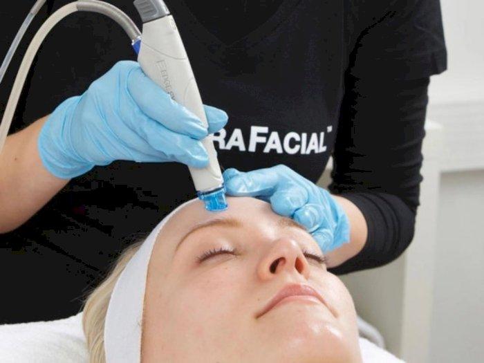 Mengenal Hydrafacial, Perawatan Facial Favorit Paris Hilton