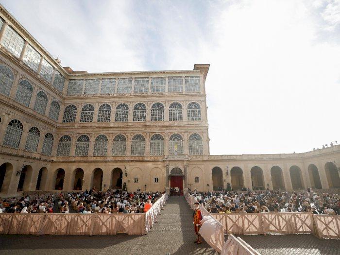 FOTO: Paus Fransiskus Akan Mengadakan Audiensi Umum untuk Publik Terbatas