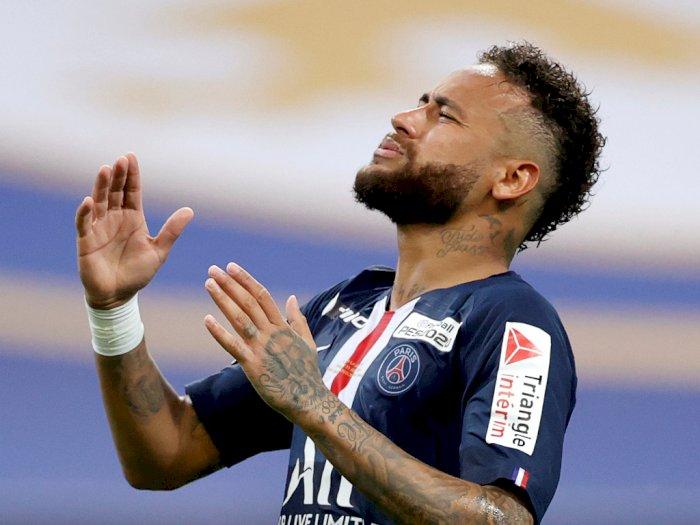 Neymar Dikabarkan Positif Corona Setelah Berlibur