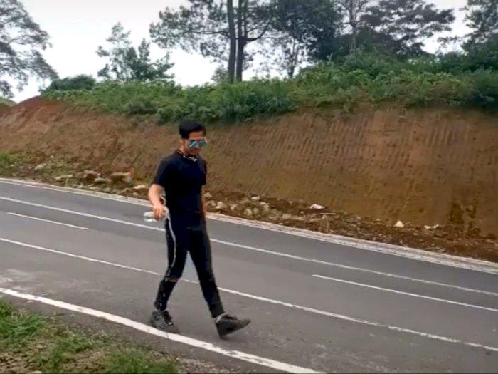 Risa Saraswati Bahas Hantu Cindy Driver Ojol Tiba Tiba Kerasukan Jangan Diceritakan Indozone Id