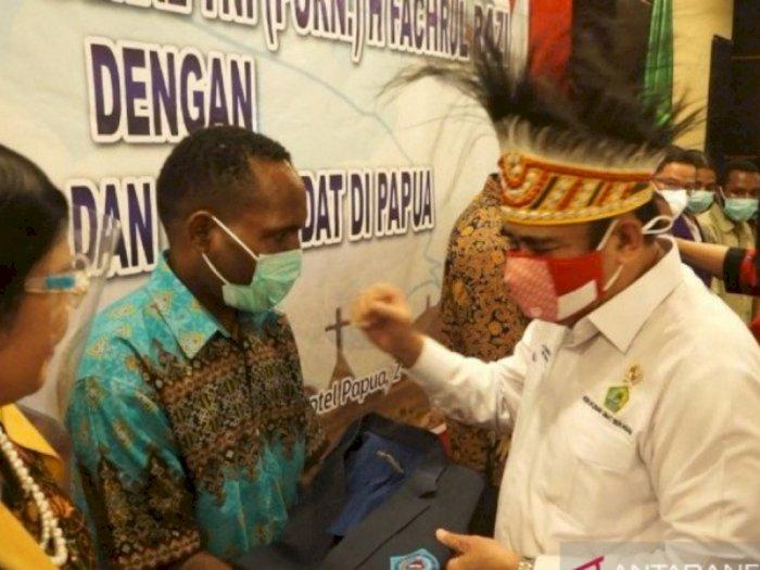 Menteri Agama Berikan Beasiswa untuk 253 Anak Asli Papua