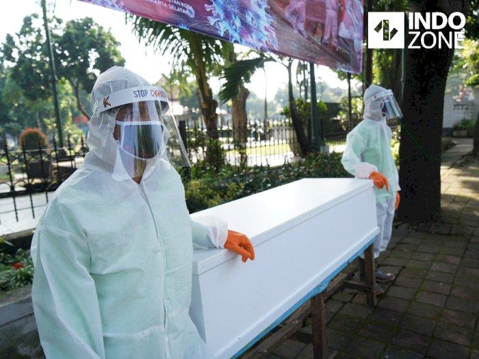 DPRD DKI Puji Kreativitas Sanksi Masuk Peti Mati Bagi Pelanggar Protokol Kesehatan