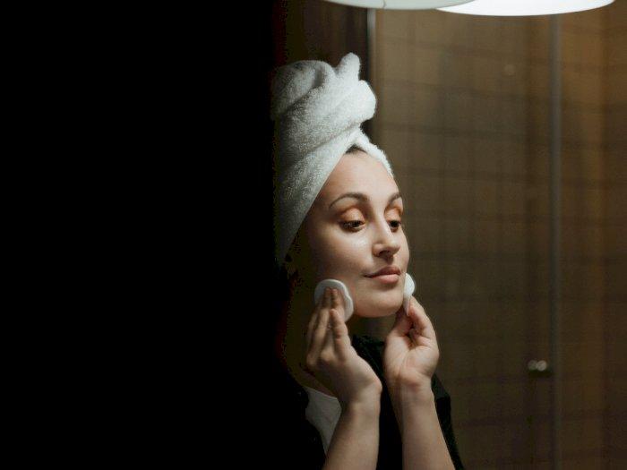 5 Langkah Rutinitas Skincare di Malam Hari untuk Dapatkan Kulit Sehat dan Cantik