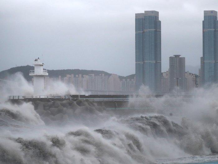 FOTO: Topan Haishen Menuju Korea Selatan Setelah Menghantam Jepang