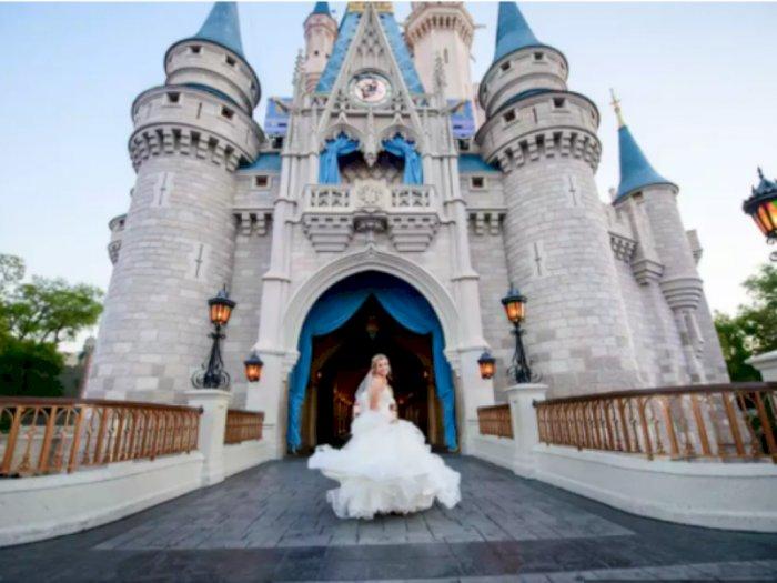 Sebentar Lagi, Disneyland Bisa Jadi Lokasi Pemotretan Pernikahan Lho!