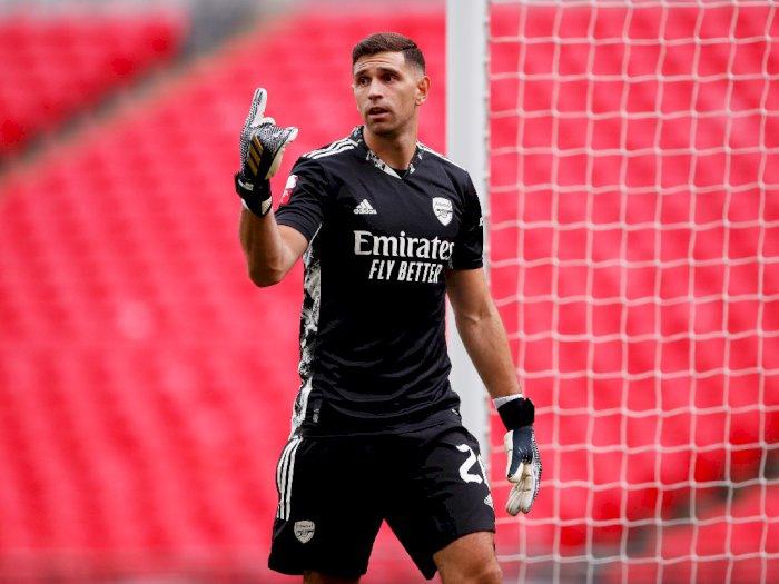 Ditolak Sekali, Aston Villa Tak Kapok Gaet Kiper Arsenal Emiliano Martinez