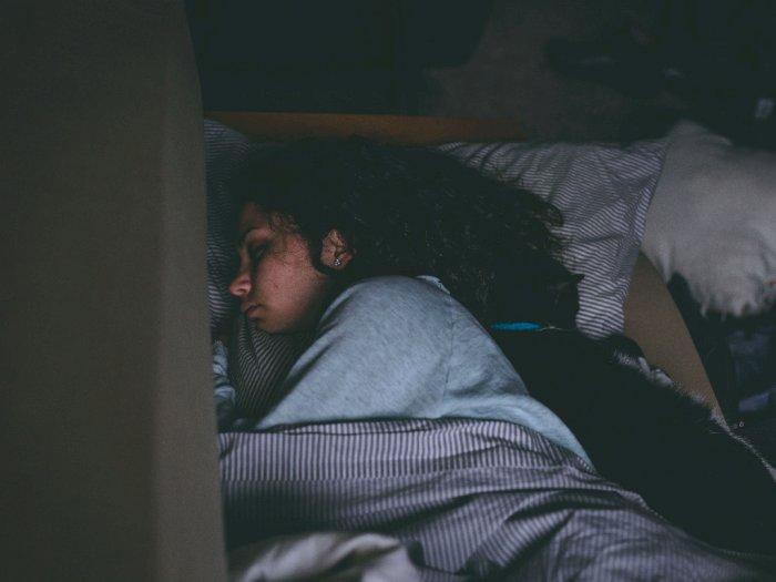 4 Makanan dan Minuman Yang Atasi Masalah Tidurmu
