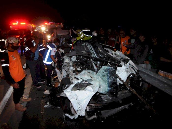 FOTO: Kecelakaan di Jalan Tol Kartasura-Boyolali