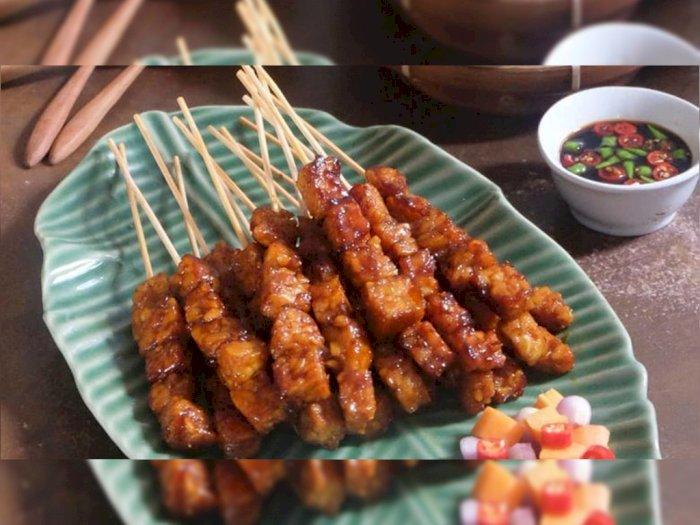 Mau Makan Sate Tapi Nggak Suka Daging, Bikin Sate Tempe Aja