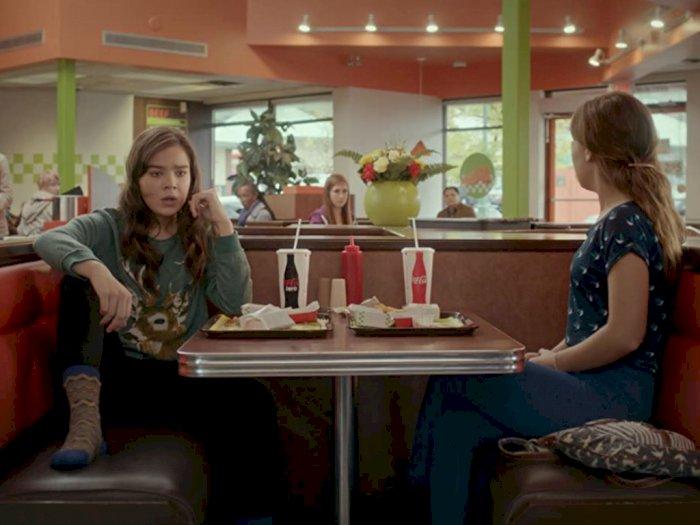"""Sinopsis """"The Edge of Seventeen (2016)"""" - Sulitnya Melewati Masa Pubertas Sendiri"""