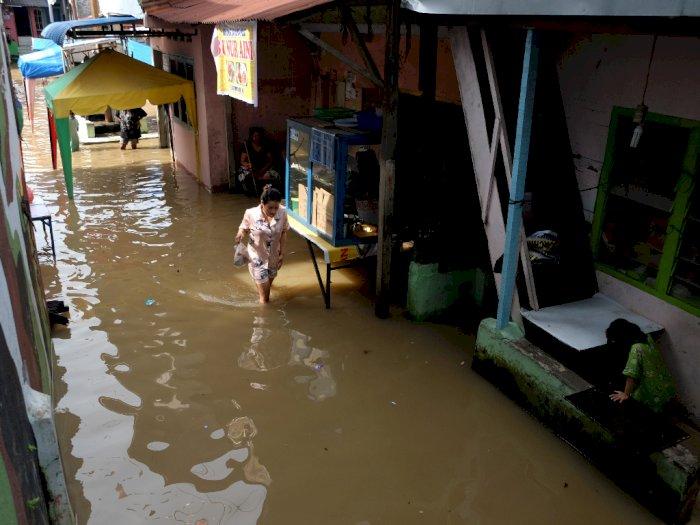 FOTO: Banjir Luapan Sungai Deli