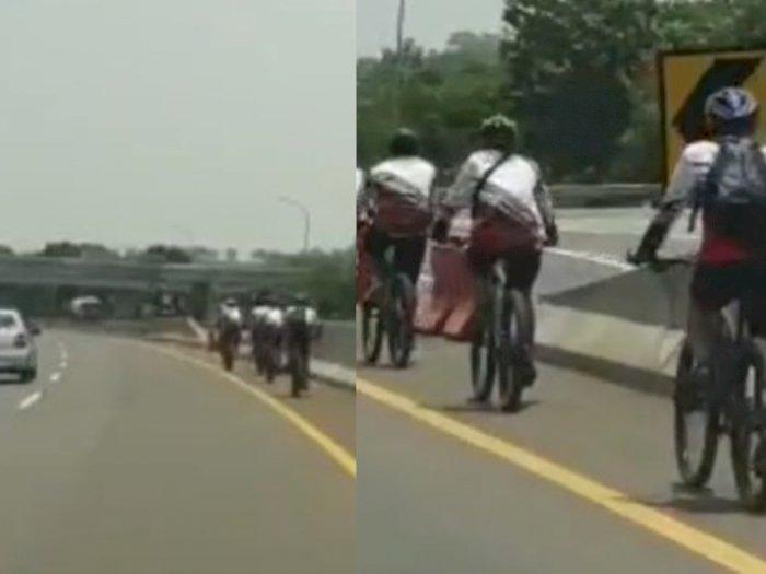 Video Sekelompok Pesepeda Masuk Jalan Tol dan Lawan Arah, Perekam: Wah Gak Benar Ini