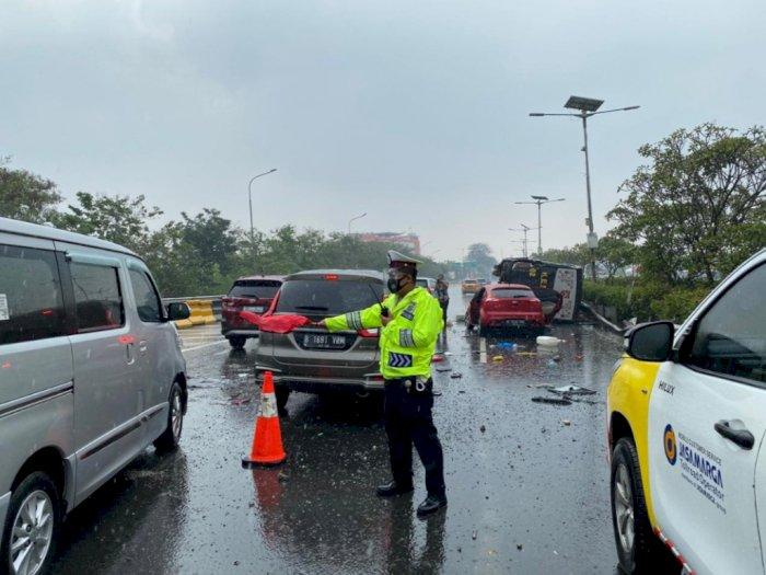 Kecelakaan Beruntun di Tol Jagorawi, Bus TNI Hingga Bus Kemenhan Jadi Korban