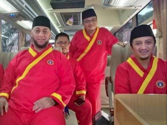 Selamat usai Ditikam, Ustaz Yusuf Mansur Unggah Foto Syekh Ali Jaber Pakai Baju Tapak Suci