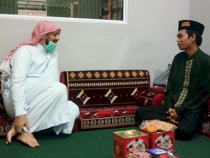 Ustaz Abdul Somad (UAS) Buka Suara Usai Syekh Ali Jaber Ditusuk Saat Berceramah di Lampung